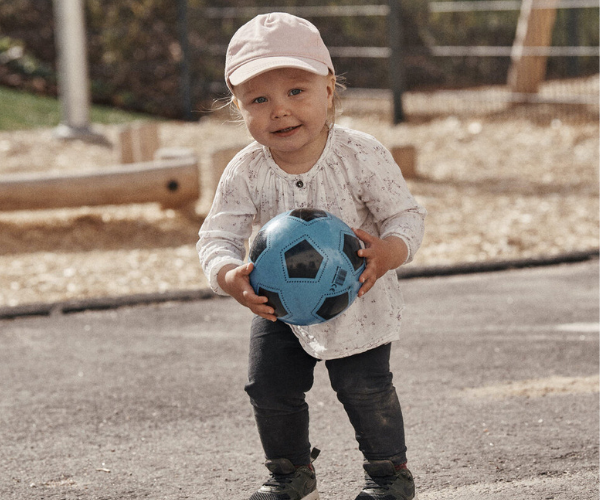 Baby with ball 600x500